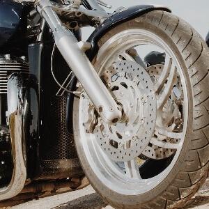 Bremsscheibenschloss für Motorräder: Sicher oder nicht sicher?